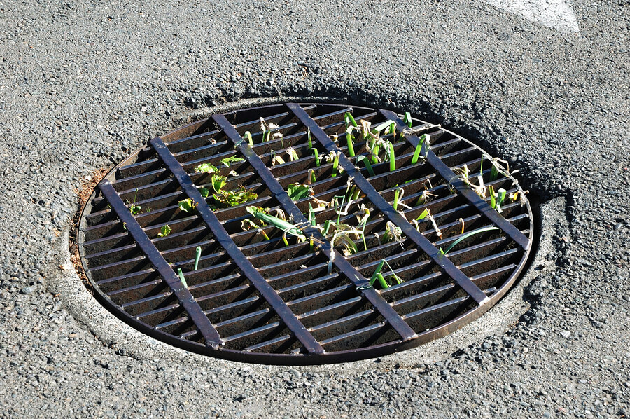 4 Items to Check Off Your Spring Parking Lot Maintenance List