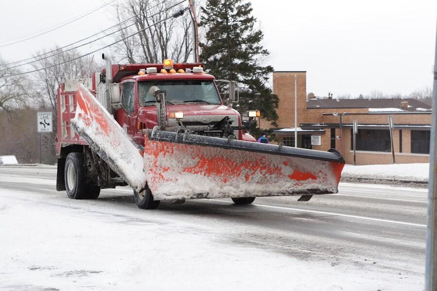 3 Ways Snow Plows Impact Pavement Lots
